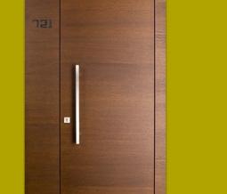 pezzo_3_porte_moderne
